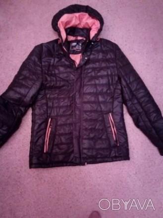 Куртка подростковая демисизонная для мальчика. Цвет черный, подкладка оранжевая,. Киев, Киевская область. фото 1