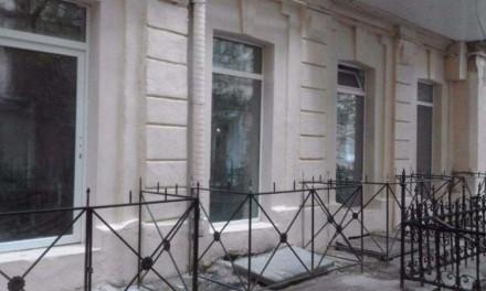 Квартира с капитальным ремонтом на ул. Греческой, красивые панорамные окна, высо. Одеса, Одеська область. фото 3