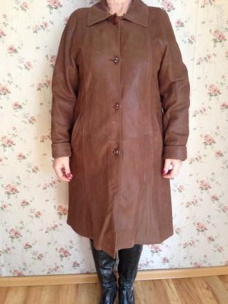 Продам женское пальто, размер 52-54,длина рукава 62 см, но можно регулировать ма. Обухов, Киевская область. фото 1