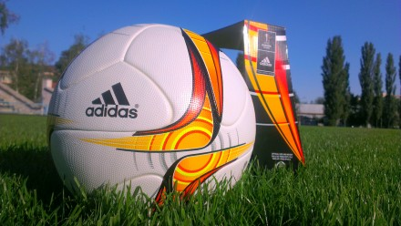 Мяч футбольный Adidas UEFA Europa League Official Match Ball.. Киев. фото 1