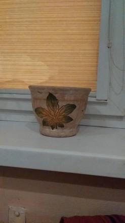продам вазон, ручная работа, покупала в Чехии, но так и не посадила цветы. фото . Киев, Киевская область. фото 3