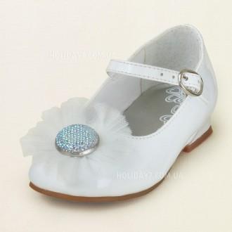 В наличии очень красывые белые и серебристые туфельки для девочки от Children's . Луцк, Волынская область. фото 4