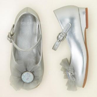 В наличии очень красывые белые и серебристые туфельки для девочки от Children's . Луцк, Волынская область. фото 2
