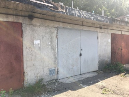 Продается гараж капитальный на Сырце, кооператив