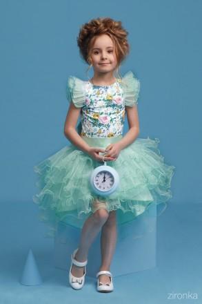 Продам шикарные нарядные комплекты для девочек Рост 128см, 134см, 140см  Блуз. Луцк, Волынская область. фото 9