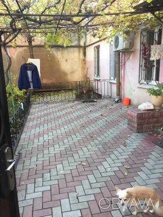 Продам 3-комнатную квартиру в хорошем крепком доме, угол улицы Маразлиевской, бл. Приморский, Одесса, Одесская область. фото 1
