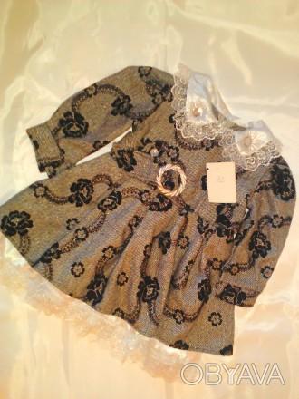 Теплое, элегантное платье из шерстяной ткани, с набивным черным бархатным рисунк. Одесса, Одесская область. фото 1