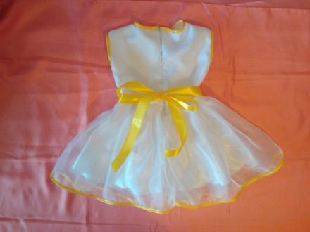 Нарядное платье на девочку 2-3 лет белого цвета из атласа и органзы. Отделка - а. Одесса, Одесская область. фото 3