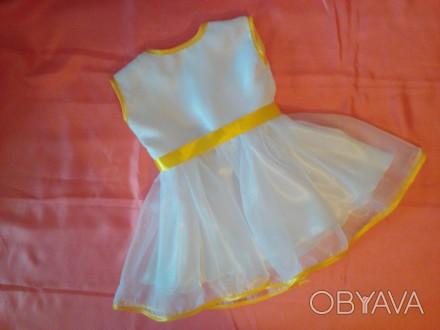 Нарядное платье на девочку 2-3 лет белого цвета из атласа и органзы. Отделка - а. Одесса, Одесская область. фото 1
