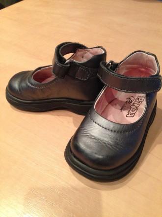 Туфли PANDA, состояние хорошее, есть небольшие потертости на носках. Привезенные. Нежин, Черниговская область. фото 3