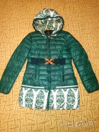 Пальто/ куртка для девочки 10-12 лет.