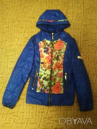 Курточка на 9- 12 лет.девочку.