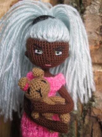 Каркасная кукла , интерьерная с игрушкой, ручная работа. Каменское. фото 1