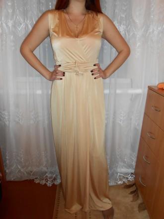 Платье в пол бежево-золотого цвета. Коростень. фото 1