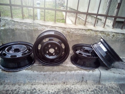 Продам диски r 13 на Mazda. Броды. фото 1