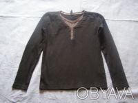Черный свитерок с серой отделкой. Х/б трикотаж. длина-51 см длина рукава-49 см. Никополь, Днепропетровская область. фото 2