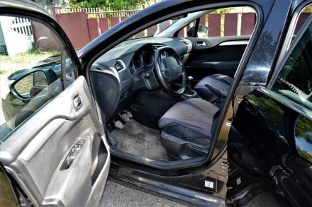 авто куплене в салоні в 2012 році обслуговувався в офіційного дилера АІС бережна. Диканька, Полтавская область. фото 4