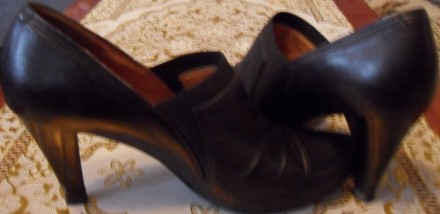 Женские кожаные туфли 37разм.. Николаев. фото 1