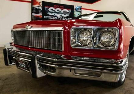 Продается Chevrolet Impalaв кузове кабриолет. Состояние автомобиля для своих лет. Киев, Киевская область. фото 2