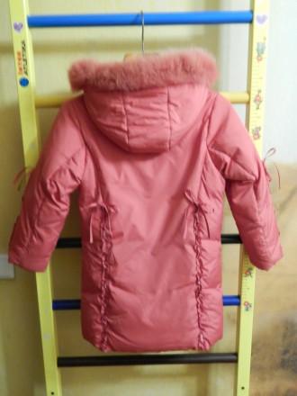 Коралловое пальто для девочки Kiko в хорошем состоянии, на рост 122 см, капюшон . Чернигов, Черниговская область. фото 3