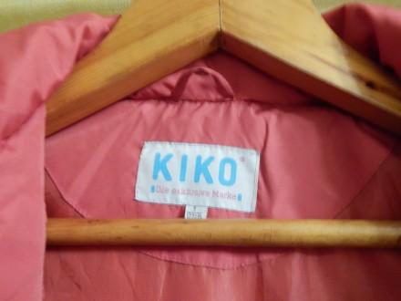 Коралловое пальто для девочки Kiko в хорошем состоянии, на рост 122 см, капюшон . Чернигов, Черниговская область. фото 9