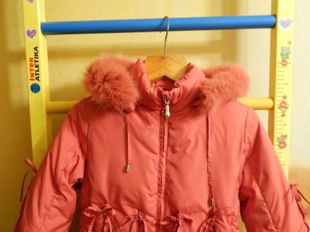 Коралловое пальто для девочки Kiko в хорошем состоянии, на рост 122 см, капюшон . Чернигов, Черниговская область. фото 6