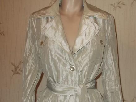 Продам лёгкий летний стильный плащик из жатой ткани размер 46 в идеальном состоя. Чернигов, Черниговская область. фото 2
