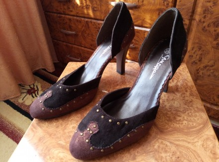 Туфли замшевые, 39 размер, каблук 9 см.. Кривой Рог. фото 1