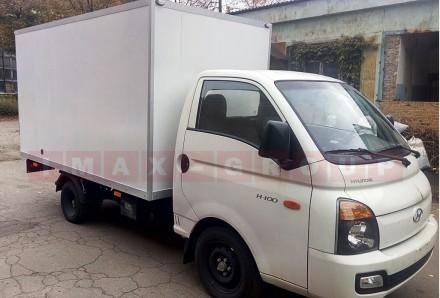 Вантажівка Hyundai H 100 з промтоварним фургоном - це легкий комерційний транспо. Черкассы, Черкасская область. фото 3