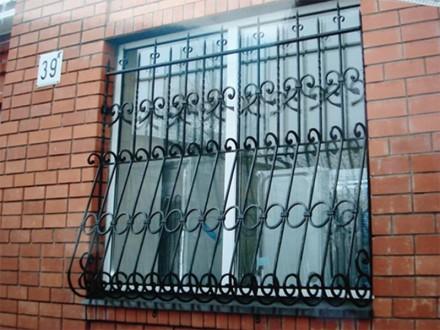 Сварные металлические решетки на окнах и дверях – это не только  возможность  . Северодонецк, Луганская область. фото 11