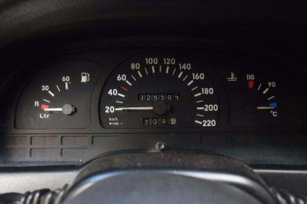 Машина робоча, сів і поїхав. Росход бензин 7/100 газ 8.5/100 всі питання по теле. Житомир, Житомирская область. фото 5