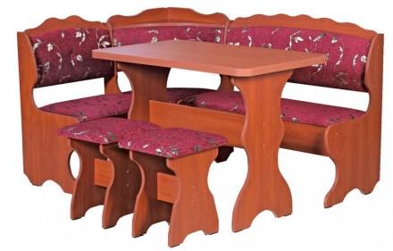 Кухонный уголок Цезарь обеденный стол, угловой диван, 2 табурета. Киев. фото 1