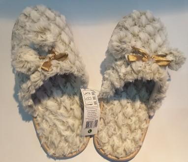 Покупая новые сапоги или туфли, каждый из нас меряет не одну пару. А домашние та. Пирятин, Полтавская область. фото 2