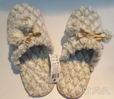 Покупая новые сапоги или туфли, каждый из нас меряет не одну пару. А домашние та. Пирятин, Полтавская область. фото 1