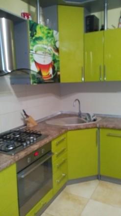 Квартира с ремонтом. Сдается впервые .Встроенная кухня.холодильник.бойлер.стир. Поселок Котовского, Одесса, Одесская область. фото 6