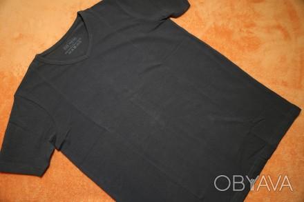 Продам однотонную футболку на мальчика 14-15 лет (р.158-164). Германия, новая, в. Днепр, Днепропетровская область. фото 1