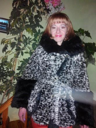 Знайомства з дівчатами (жінками) в Україні