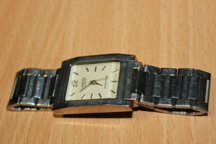 Часы Laros (Япония) унисекс. Рабочие, требуется замена батарейки. Отправка по . Бердянск, Запорожская область. фото 2