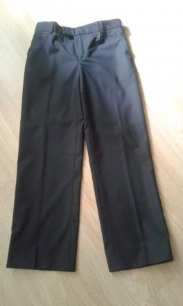 Продам школьные брючки на мальчика, ни разу не одевались. Длина брюк - 90 см, в . Чернигов, Черниговская область. фото 2