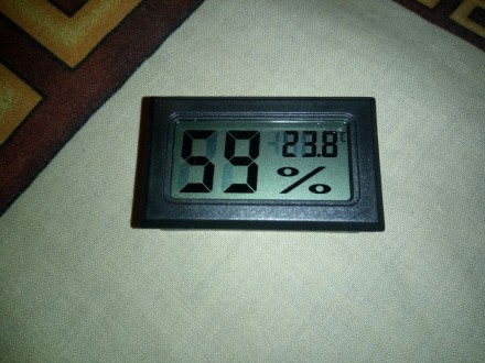 Термометр - гигрометр со встроенным датчиком. Николаев. фото 1