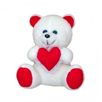 Мягкая игрушка Медвежонок с сердцем. Переяслав-Хмельницкий. фото 1
