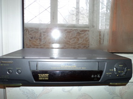 Видеомагнитофон Panasonic NV-SD225. Херсон. фото 1