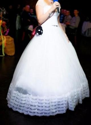 3d727c4d9199d86 Продам очень красивое белое свадебное/вечернее платье. Одевалось всего 2  раза (. Харьков