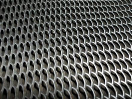Сетка просечно-вытяжная ф 0,55 ячейка 13,5х3,5 мм. Киев. фото 1