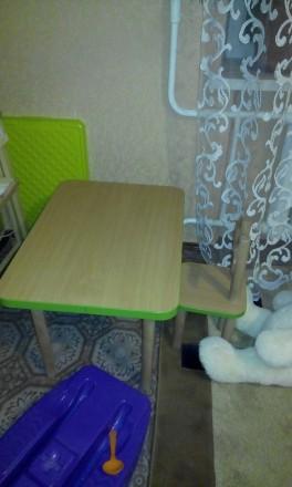 Детский столик + 2 стульчика(от 2 до 6лет). Бориспіль. фото 1