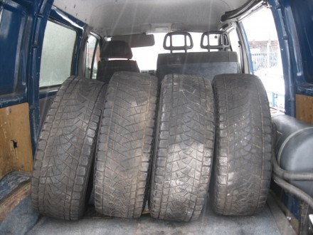 4 шины Bridgestone blizzak 265/65 R17 зима. Киев. фото 1