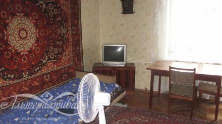 Трехкомнатная в районе рынка Нива. Чернигов. фото 1