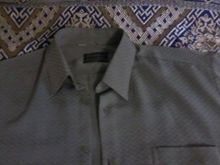 продам рубашку недорого.р.48/50.могу переслать звоните договоримся.. Чернигов. фото 1