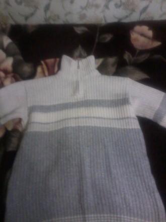 продам теплый свитер недорого.р.48/50.могу переслать.звоните договоримся.. Чернигов. фото 1