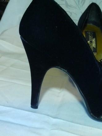 Очень нарядные бархатные туфельки на тонкой шпильке 10 см. фирмы Vivo Ferre (Ита. Днепр, Днепропетровская область. фото 5